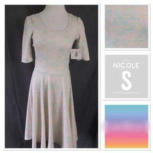 LuLaRoe Nicole, NWT
